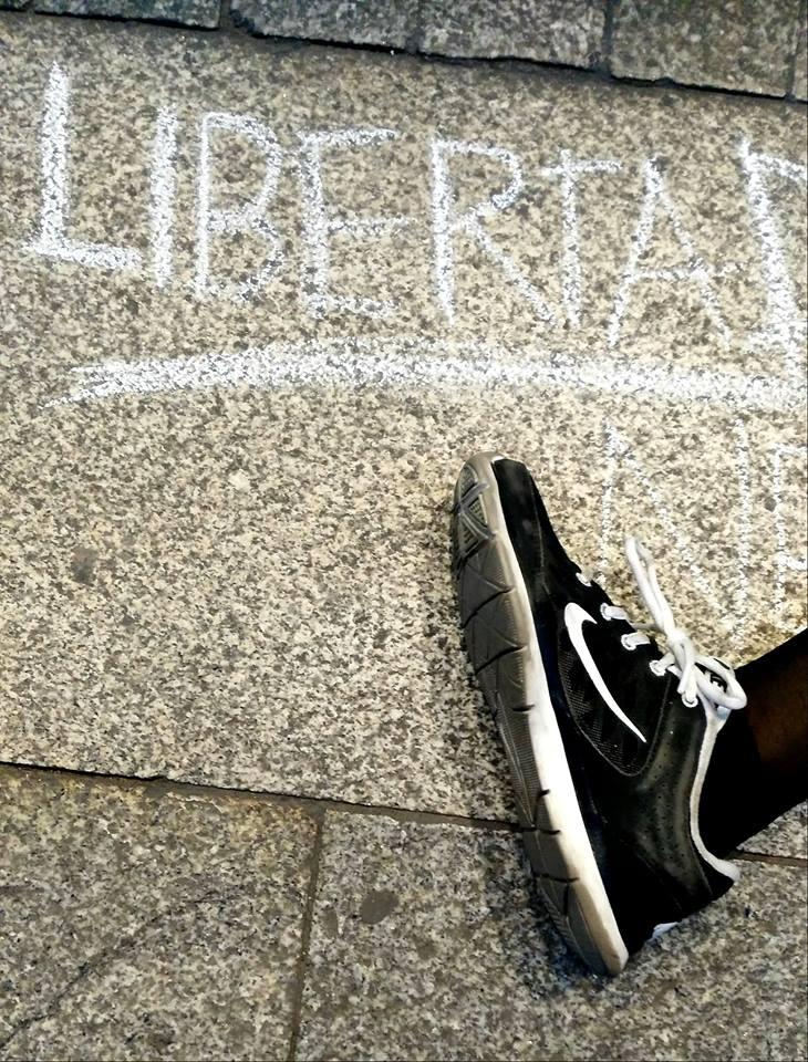 La Gran Vía, una pizarra donde escribir la palabra LIBERTAD